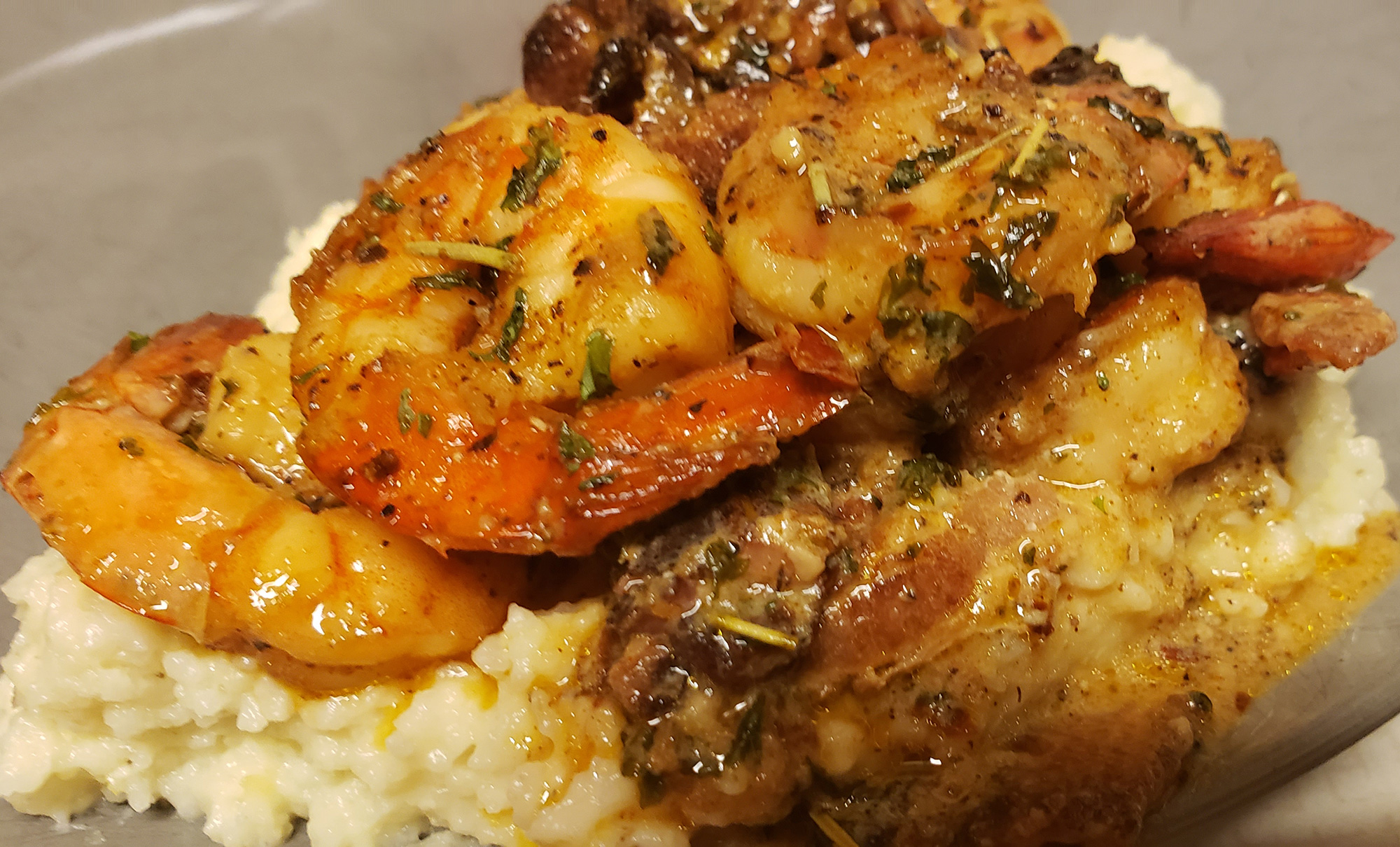 Recipe: Southern Style White Cheddar Shrimp and Grits
